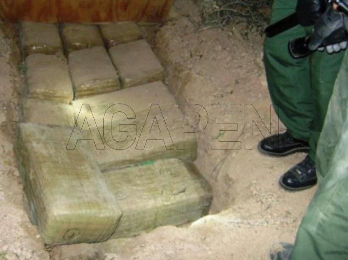 COLOMBIAN FARMER FOUND $600 MILLION BURIED IN HIS FARM-AGAPEN4