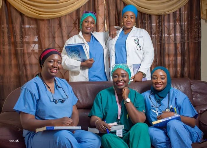 Family Of 5 Nigerian Sisters Who All Became DoctorsAGAPEN 11111