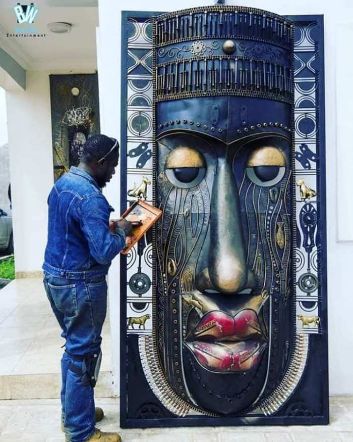 Nigerian sculptor DOTUN POPOOLA makes life-size sculptures using scrap metal and found objects2