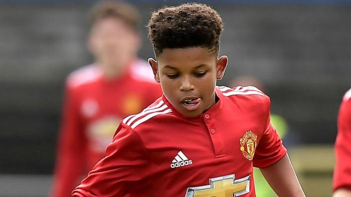Shola Shoretire signs deal with Manchester UnitedAGAPEN 2